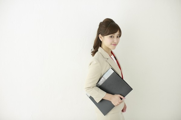 img_yokohama_working_lady_04