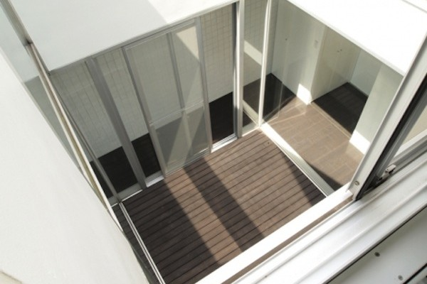 img_designers_stairwell01